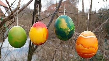 Unser Frühjahrs- und Osterbuch – von Fasching bis Pfingsten
